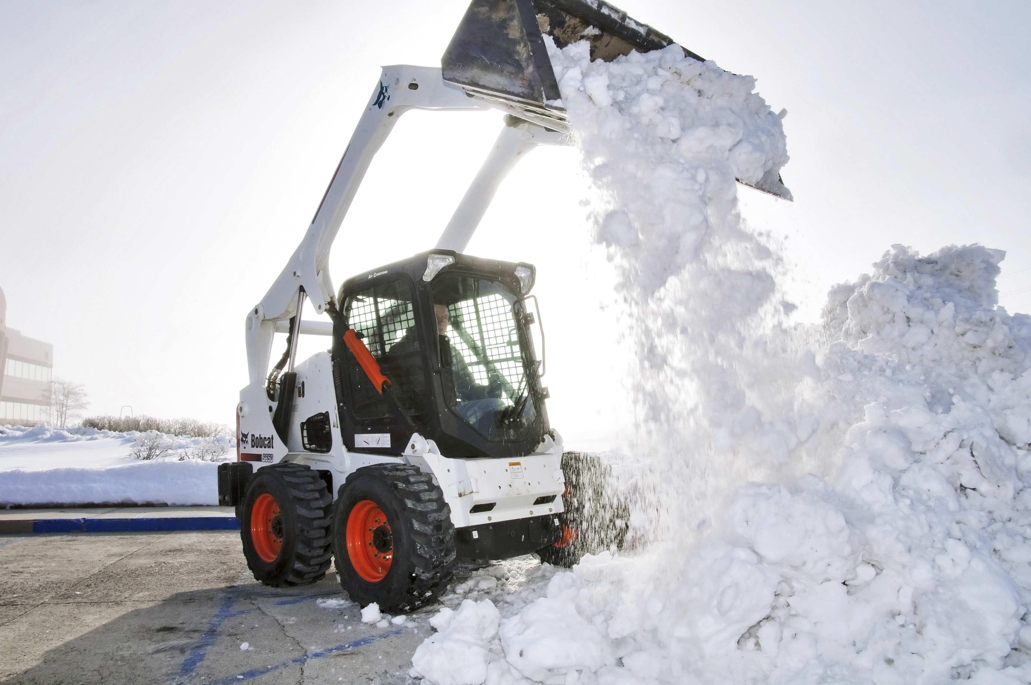 Как можно решить проблему своевременной уборки территории в зимнее время